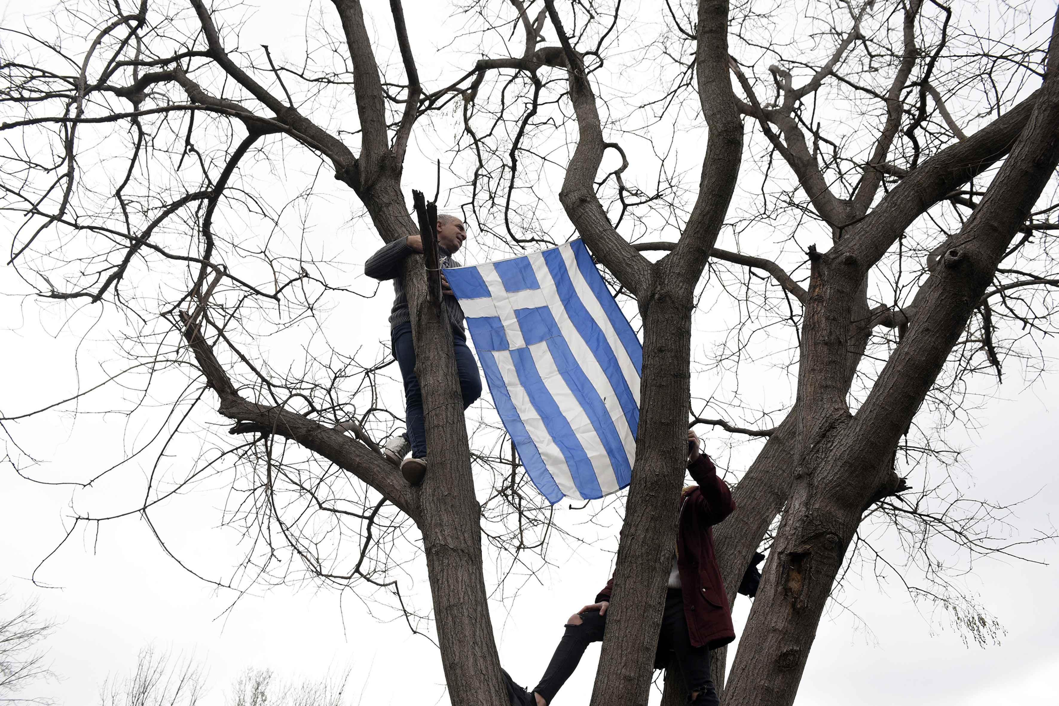 fotografies-apo-to-syllalitirio-sti-thessaloniki9