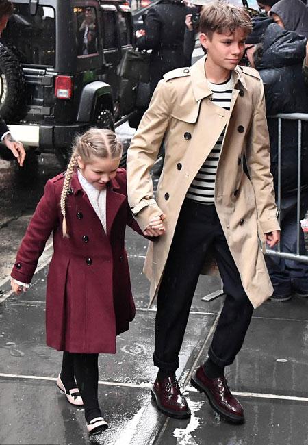 family-affair-to-sooy-tis-victoria-beckham-sti-nea-yorki-itan-oikogeneiaki-ypothesi-amp-82305
