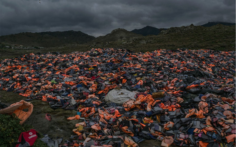 new-york-times-lesvos-to-nisi-tis-apognosis0