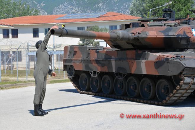 me-leopard-kerasan-krasi-ton-stratigo-toy-d-somatos-stratoy-fotografies-vinteo2