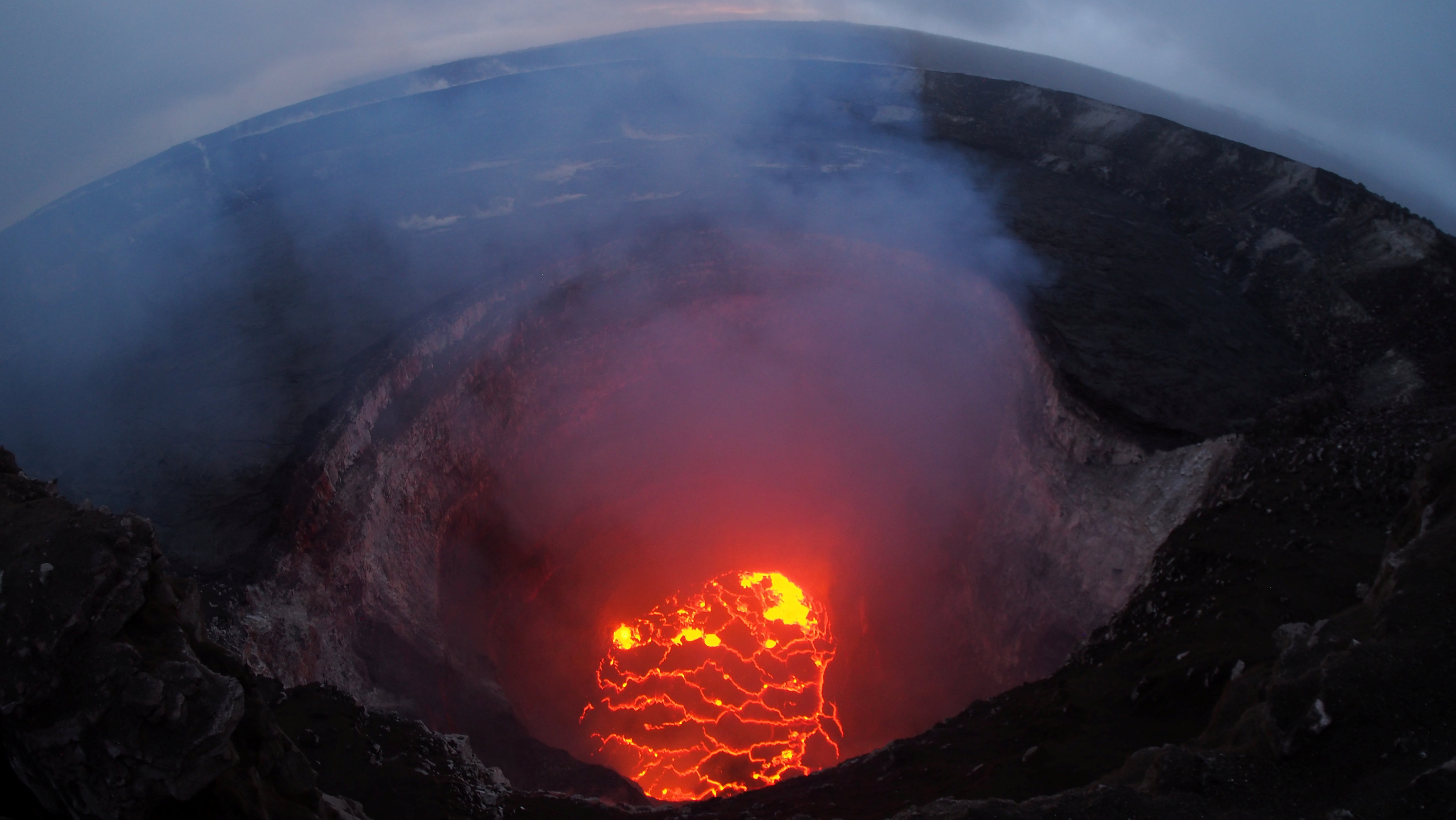 chavai-i-lava-toy-kilaoyea-katestrepse-dekades-spitia-amp-8211-chiliades-polites-ekkenonoyn-katoikimenes-perioches-foto3