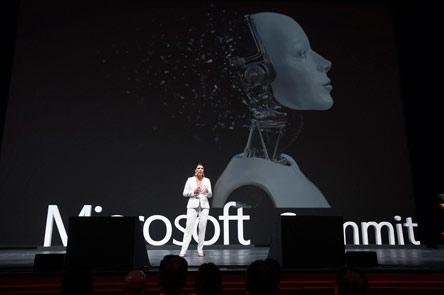 to-microsoft-summit-2018-fernei-to-ayrio-sto-simera-kai-entyposiazei0