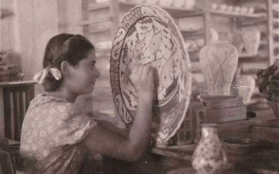 i-keramiki-epistrefei-sto-spiti-tis-sti-rodo-me-ta-ftera-toy-ikaroy3