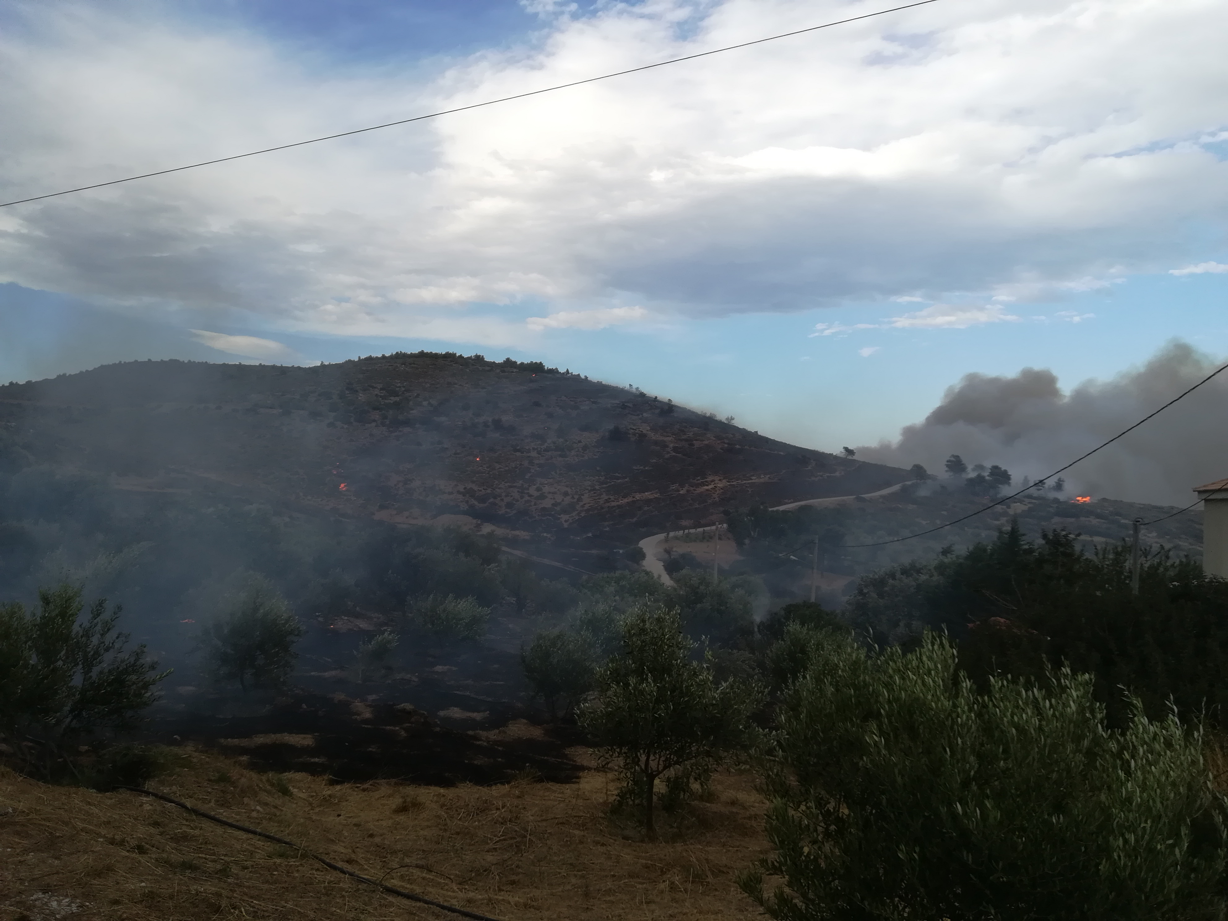 eikones-oloklirotikis-katastrofis-apo-tis-pyrkagies-foto-amp-8211-vinteo14