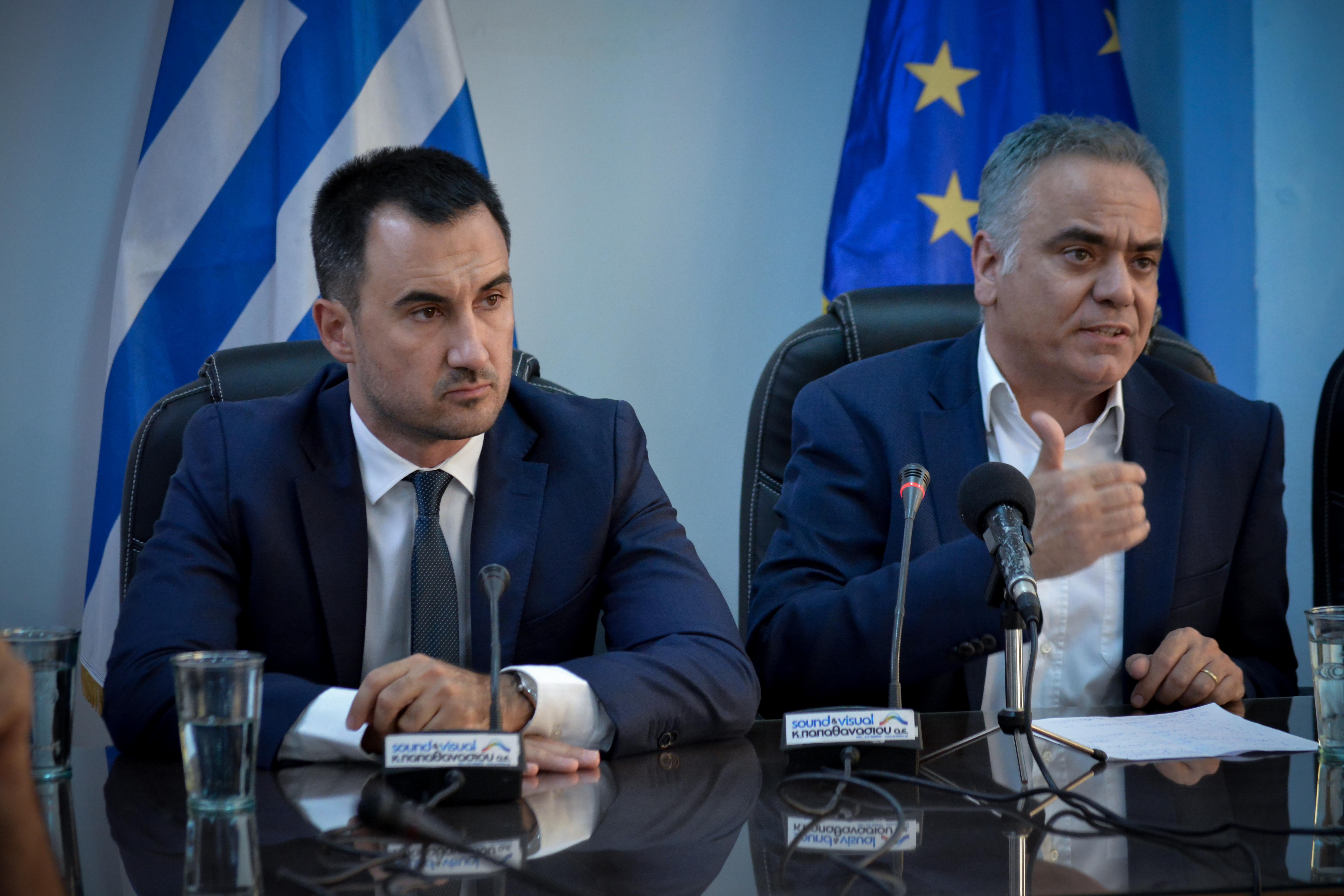 nees-proteraiotites-apo-tsipra-amp-8211-amichania-ston-syriza-gia-to-kyvernitiko-schima0