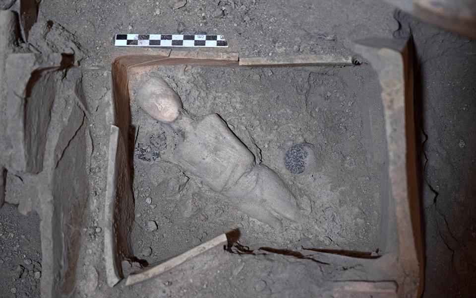 nea-simantika-archaiologika-eyrimata-sto-akrotiri-tis-santorinis-fotografies5