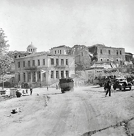 larisa-1941-1944-i-mnimi-tis-polis-mesa-apo-fotografies0