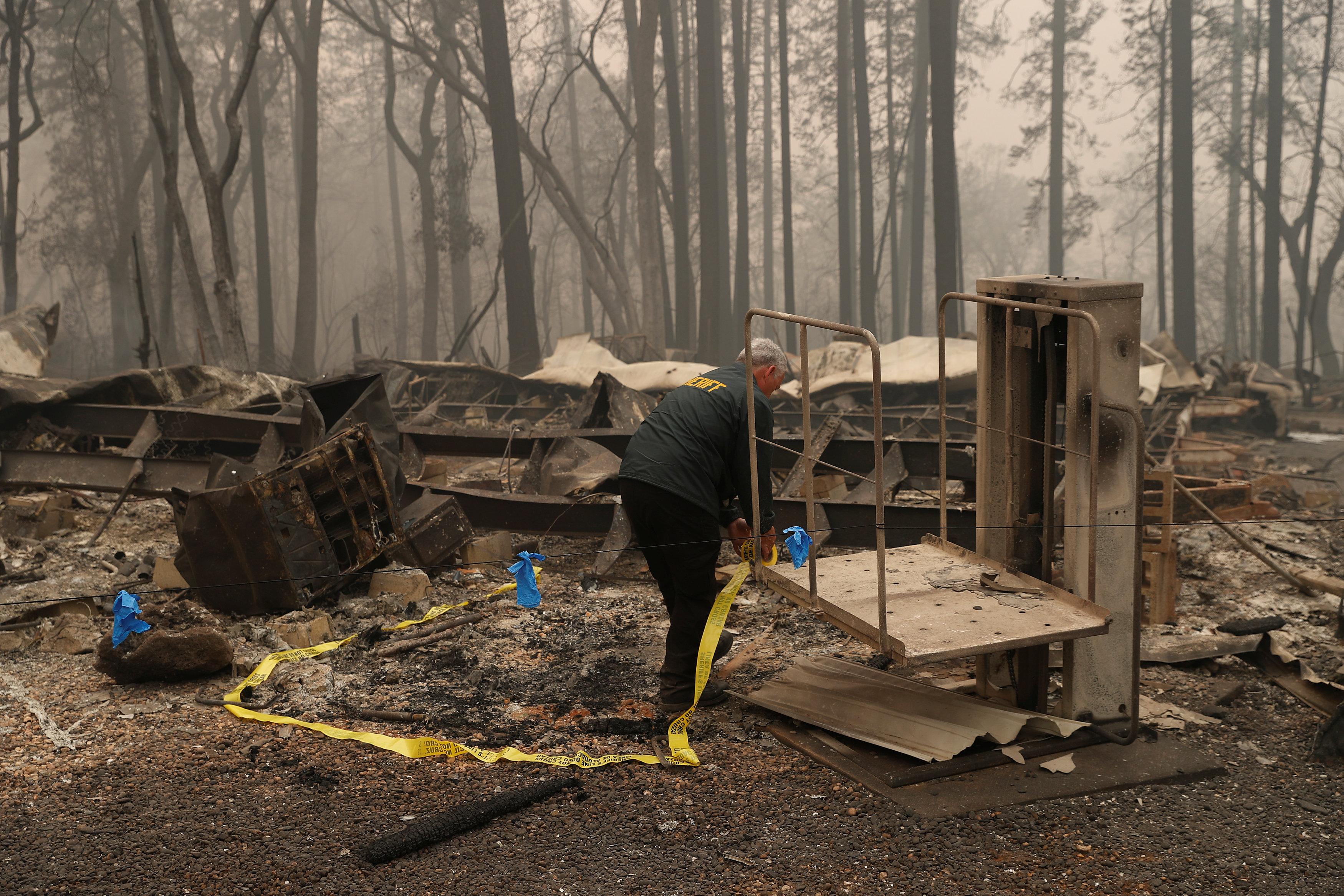 pyrini-kolasi-stin-kalifornia-25-nekroi-amp-8211-anypologistes-katastrofes-fotografies5