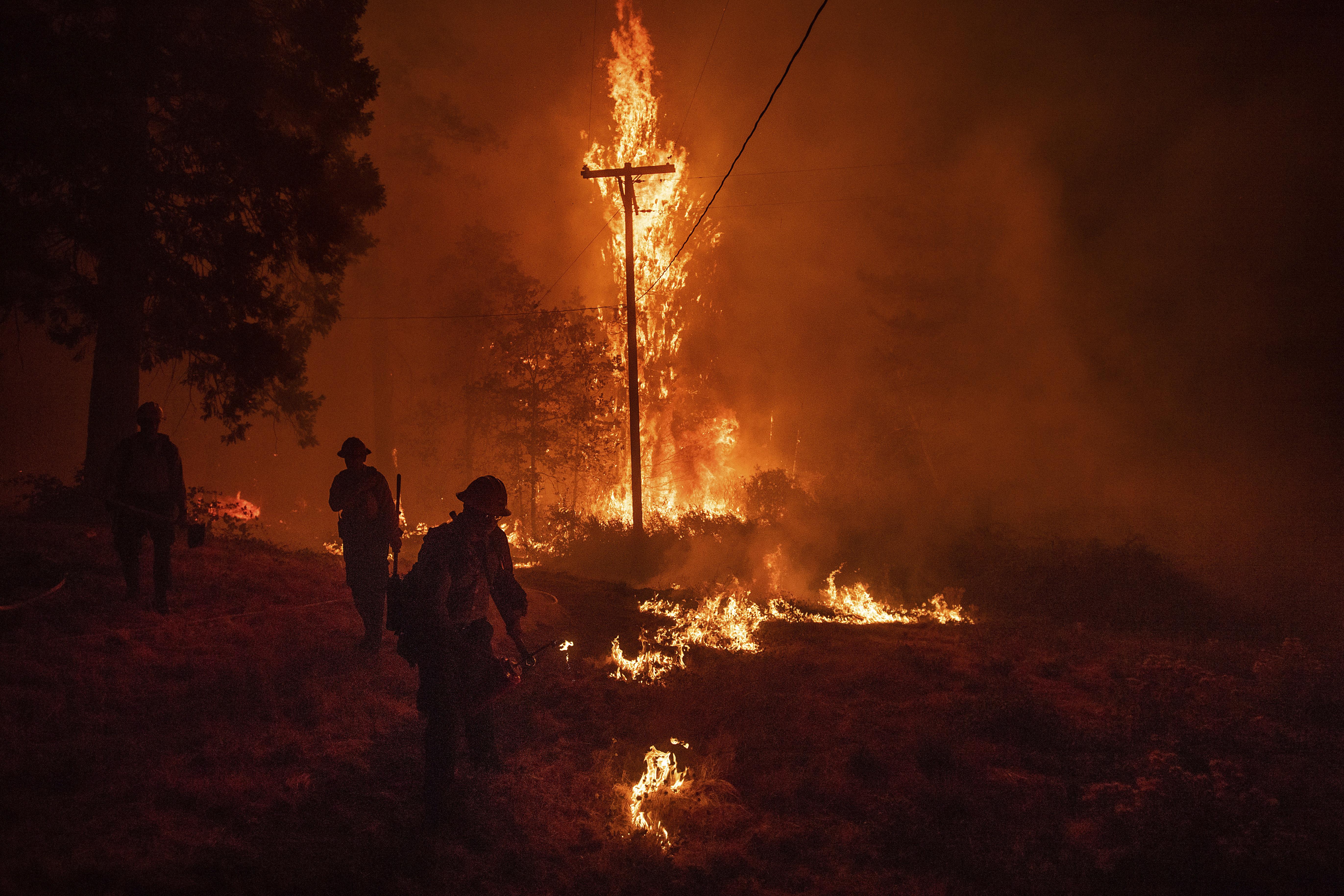 pyrini-kolasi-stin-kalifornia-25-nekroi-amp-8211-anypologistes-katastrofes-fotografies2