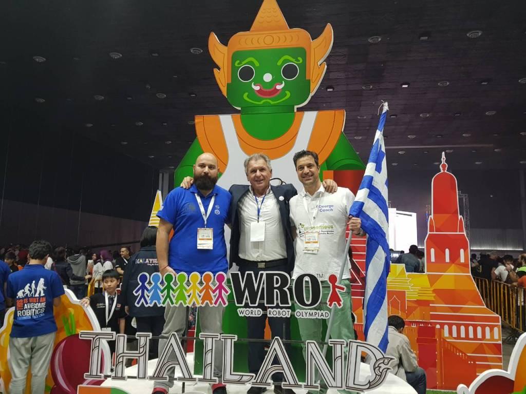 olympiada-ekpaideytikis-rompotikis-wro-2018-stin-4i-thesi-pagkosmios-dyo-ellinikes-omades19