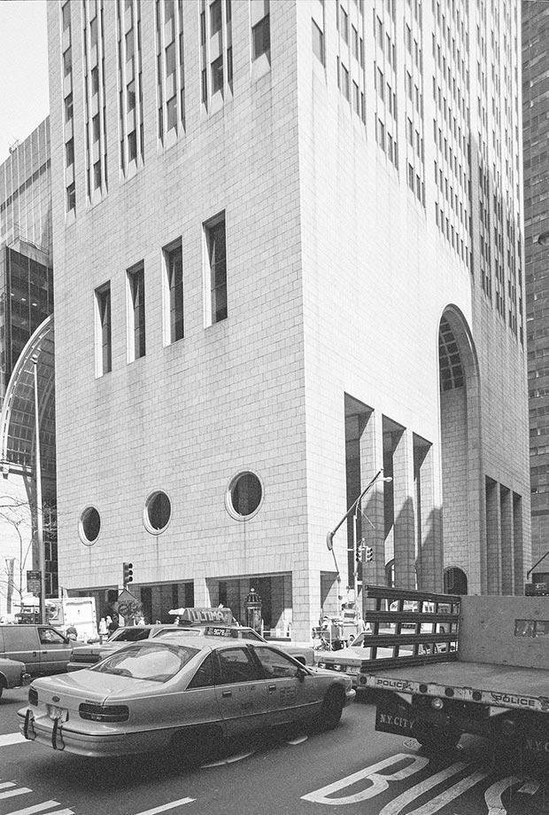 new-york-times-axizei-na-diasothei-o-architektonikos-metamonternismos1