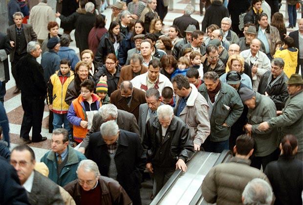 ta-egkainia-toy-metro-prin-apo-19-chronia-fotografies-vinteo3