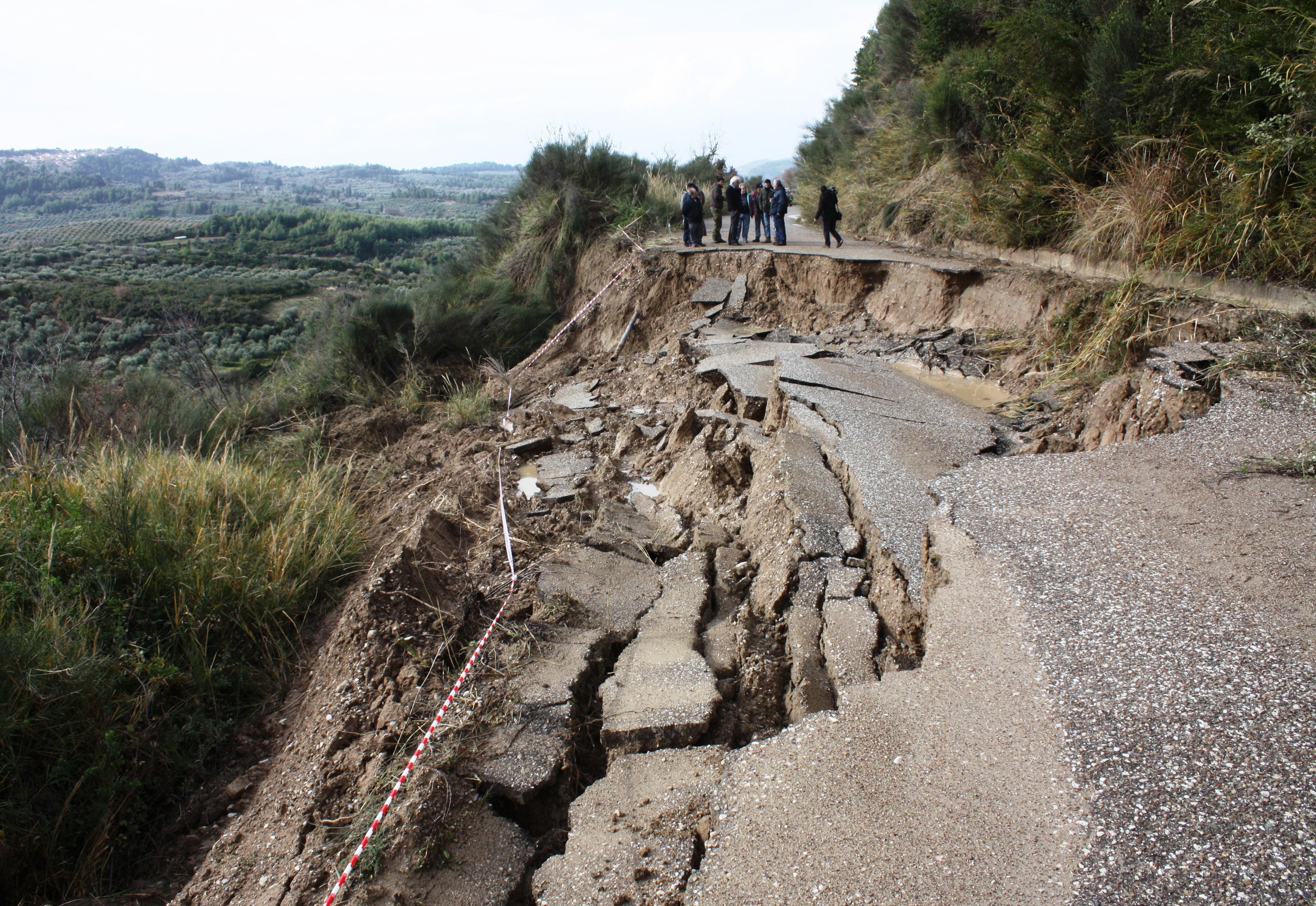 katastrofes-apo-tis-vrochoptoseis0
