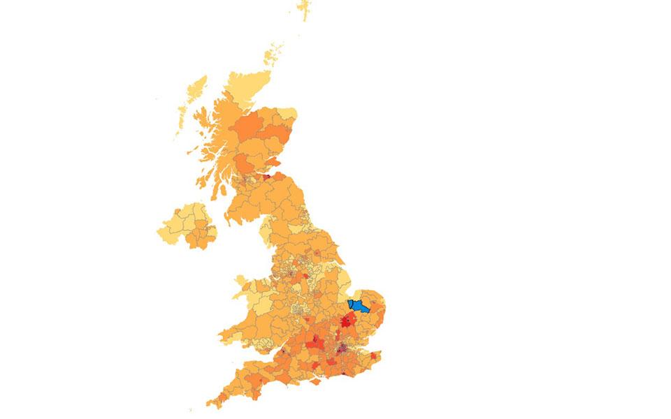 brexit-3-ekatommyria-ypografes-gia-neo-dimopsifisma-amp-8211-yper-chioy-gkrant-kai-ani-lenox0
