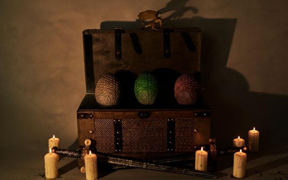 irthan-ta-sokolatenia-ayga-drakon-toy-game-of-thrones-fotografies3