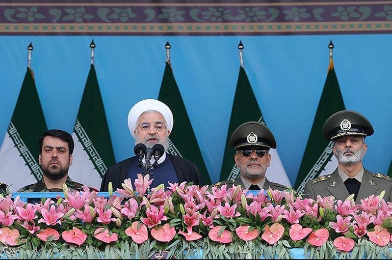 o-iranos-ypex-katigorei-tis-ipa-gia-aparadekti-klimakosi-ton-entaseon5