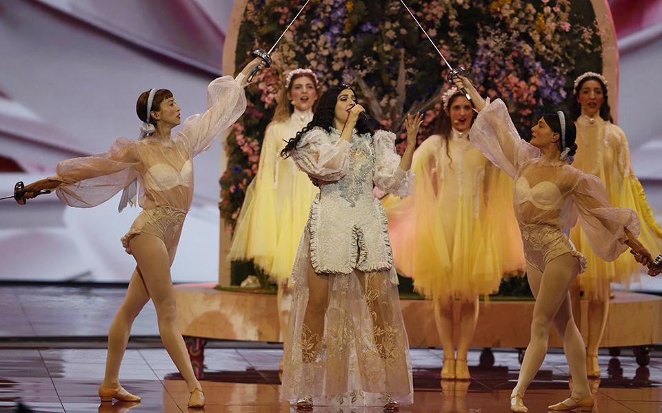 h-ollandia-nikitria-tis-eurovision-2019-ektos-dekadas-ellada-kai-kypros-vinteo1