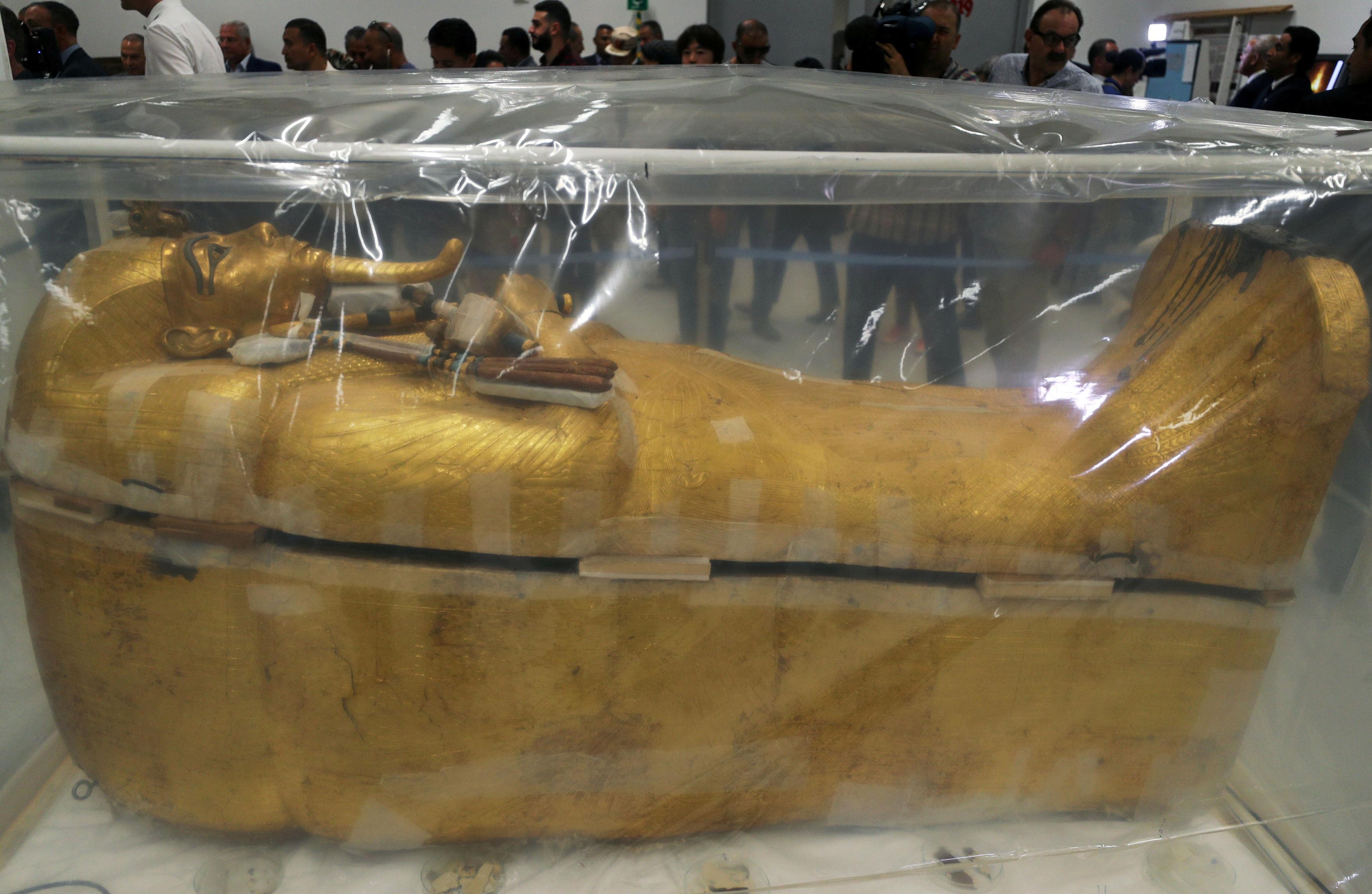 aigyptos-paroysiasthike-i-ypo-apokatastasi-sarkofagos-toy-toytagchamon-fotografies0