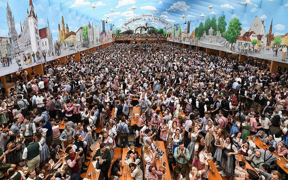 xekinise-to-186o-octoberfest-sto-monacho-fotografies1