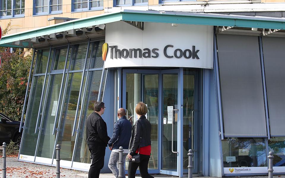 thomas-cook-mayri-trypa-pano-apo-3-1-disek-lires-ston-isologismo-prin-tin-katarreysi1