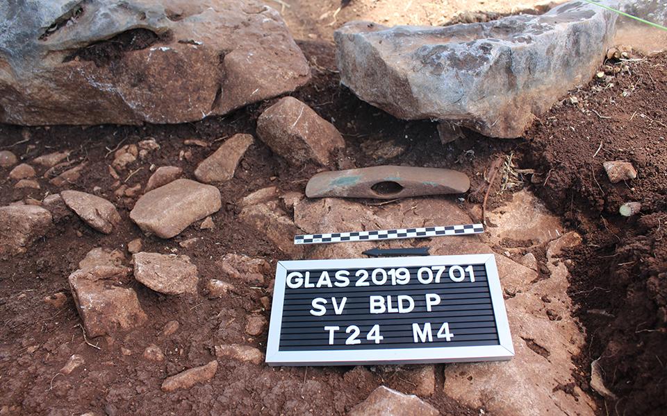 sto-fos-nea-eyrimata-apo-ti-megalyteri-mykinaiki-akropoli-tis-voiotias1