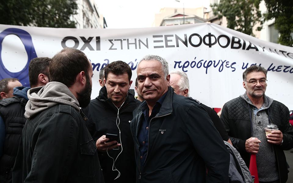 o-al-tsipras-stin-poreia-toy-polytechneioy-fotografies3