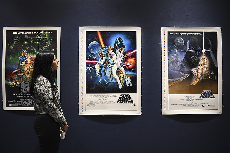 star-wars-se-exelixi-diadiktyaki-dimoprasia-me-aythentiko-kranos-stormtrooper2