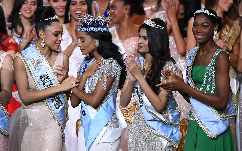 apo-tin-tzamaika-i-miss-world-2019-vinteo-fotografies0