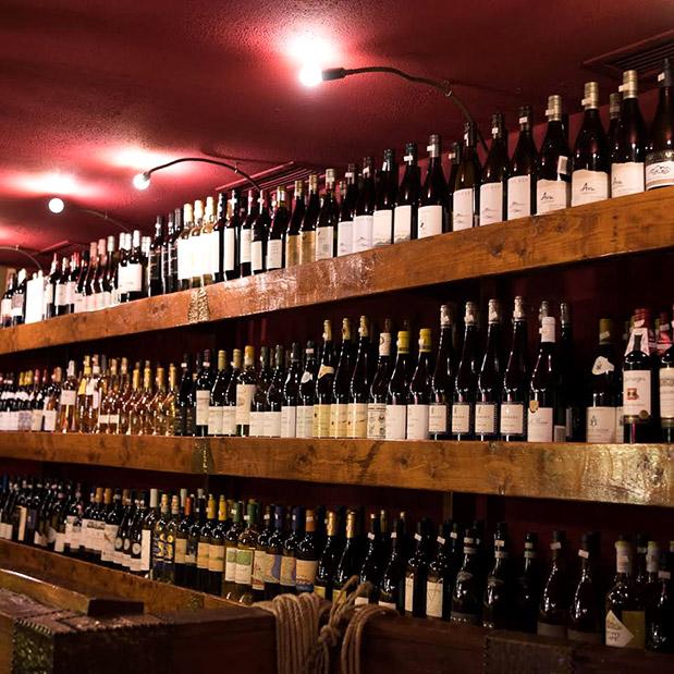 geyseis-kai-aromata-apo-tin-pliresteri-wine-list-tis-athinas0