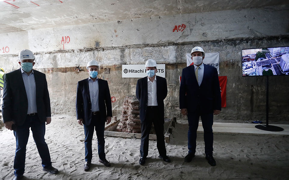 k-karamanlis-to-metro-sti-thessaloniki-tha-paradothei-olokliro-to-20230