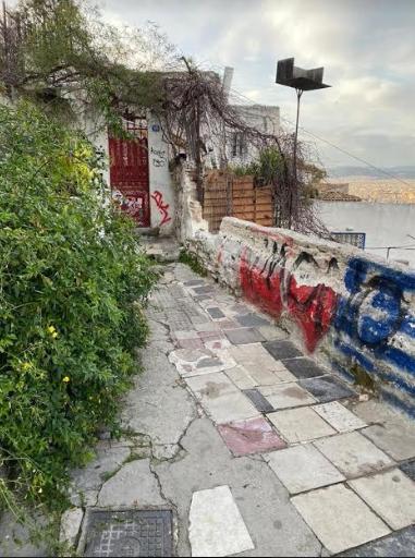 epicheirisi-antigkrafiti-sta-anafiotika-fotografies5