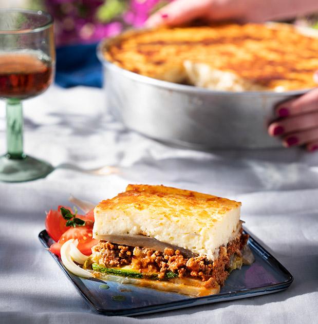 ston-gastronomo-ayti-tin-kyriaki-me-tin-k-choroyn-30-sef-se-ena-teychos1