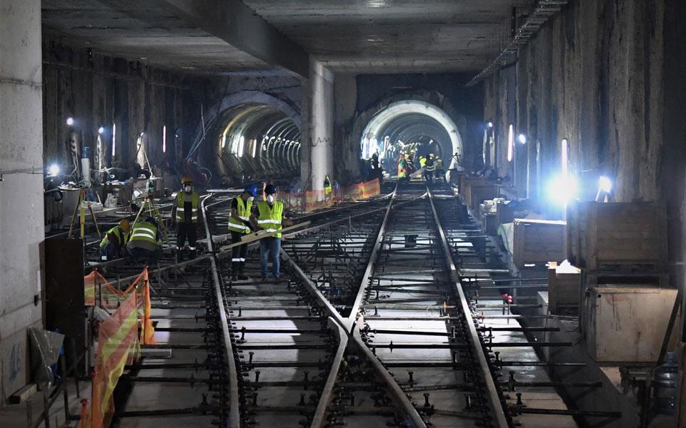 stis-siragges-kai-sta-ergotaxia-toy-metro-thessalonikis-o-g-g-ypodomon-fotografies-amp-8211-vinteo3