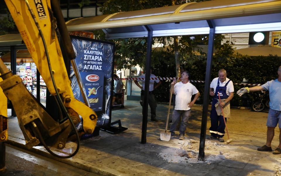 entatikes-ergasies-sto-syntagma-gia-ton-megalo-peripato2