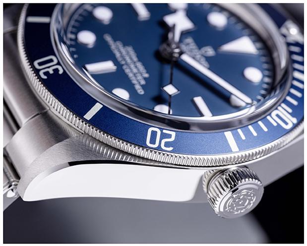tudor-black-bay-fifty-eight-navy-blue3