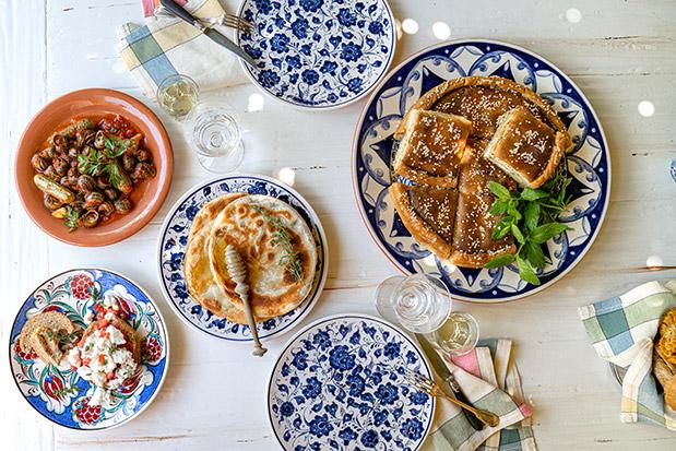 ston-gastronomo-ayti-tin-kyriaki-me-tin-k-i-psychi-tis-kritis-mesa-apo-30-kalokairines-syntages5