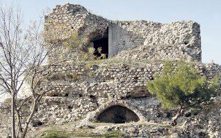 Κρυμμένη, όπως η βυζαντινή ακρόπολη στις Σέρρες ήταν για το ευρύ κοινό η σύγχρονη ελληνική επιστημονική σκέψη. Το Εθνικό Κέντρο Τεκμηρίωσης έχει αναλάβει να την διασώσει και να την διαδώσει μέσω της τεχνολογίας.
