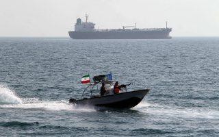Πλώρη για προσέγγιση με τη Δύση έχει βάλει το Ιράν. Οι... τορπίλες όμως καραδοκούν.