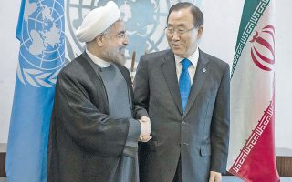 Εικόνα αρχείου από τη συνάντηση μεταξύ του Μπαν Κι Μουν και του Ρουχανί, στη Νέα Υόρκη τον Σεπτέμβριο.