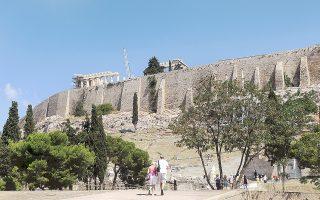 Υπάρχουν οι δυνατότητες το 2014 να αποτελέσει τη χρονιά της ανάκαμψης για τον αθηναϊκό προορισμό, σύμφωνα με τον πρόεδρο της Ενωσης Ξενοδόχων Αττικής.