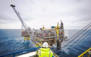 Αντίθετα με το καναδικό κρατικό επενδυτικό ταμείο της επαρχίας Αλμπέρτα, που δημιουργήθηκε το 1976, και διαθέτει μόλις 15,3 δισ. δολ., το κρατικό επενδυτικό ταμείο της Νορβηγίας, από το 1996, έχει συγκεντρώσει κεφάλαια 800 δισ. δολ. αποταμιεύοντας έσοδα από το πετρέλαιο και το φυσικό αέριο.