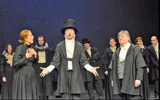 Σκηνή από την παράσταση του έργου «Πέερ Γκυντ», που ανέβηκε στο ΚΘΒΕ.