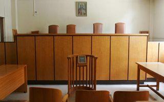 Άδεια αίθουσα στα δικαστήρια της πρώην Σχολής Ευελπίδων, την Τετάρτη 08 Ιουνίου 2011. Τρίωρη στάση εργασίας πραγματοποίησαν οι δικαστικοί υπαλλήλοι. ΑΠΕ-ΜΠΕ/ΣΥΜΕΛΑ ΠΑΝΤΖΑΡΤΖΗ ΑΠΕ-ΜΠΕ/ΑΠΕ-ΜΠΕ/ΣΥΜΕΛΑ ΠΑΝΤΖΑΡΤΖΗ