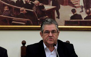 d-koytsoympas-diaforetikes-opseis-toy-idioy-nomismatos-i-nd-kai-o-syriza0