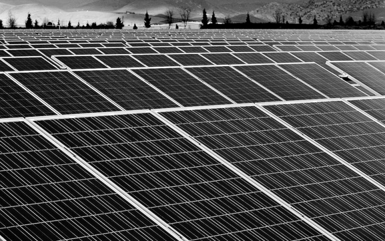 epanerchetai-o-kindynos-katarreysis-stin-agora-fotovoltaikon-2006254