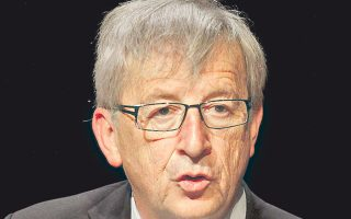 Ζαν Κλοντ Γιουνκέρ: στις Βρυξέλλες οι γνώμες για τον μακροβιότερο πρωθυπουργό της Ευρώπης διίστανται.