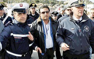 Υστερα από δύο και πλέον χρόνια, ο κυβερνήτης Σκετίνο βρέθηκε πάλι στη γέφυρα του «Κόστα Κονκόρντια».
