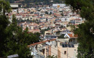 Οικισμός με πολυκατοικίες σε περιοχή της Αθήνας, Κυριακή 18 Αυγούστου 2013. ΑΠΕ-ΜΠΕ/ΑΠΕ-ΜΠΕ/ΣΥΜΕΛΑ ΠΑΝΤΖΑΡΤΖΗ