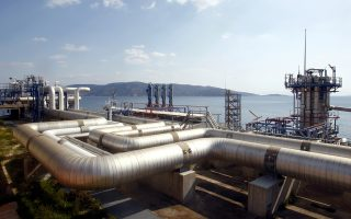 Η Ελλάδα καλύπτει το 65% των αναγκών της με ρωσικό αέριο που διέρχεται μέσω του ουκρανικού συστήματος αγωγών.
