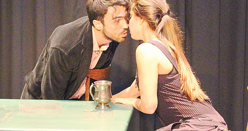 Δημήτρης Κουρούμπαλης και Κατερίνα Λούρα στο «R.I.P Romeos Ιoulietta Panta».